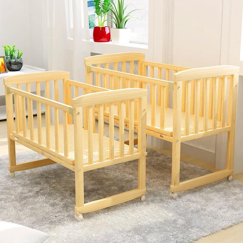 多功能实木婴儿床宝宝床儿童床可变书桌摇篮床可拼接大床移动bb床 Изображение 1