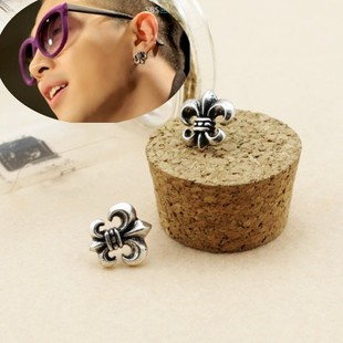 58 yuan Big Bang GD Quan Zhilong sun do the old retro earrings anchor modeling