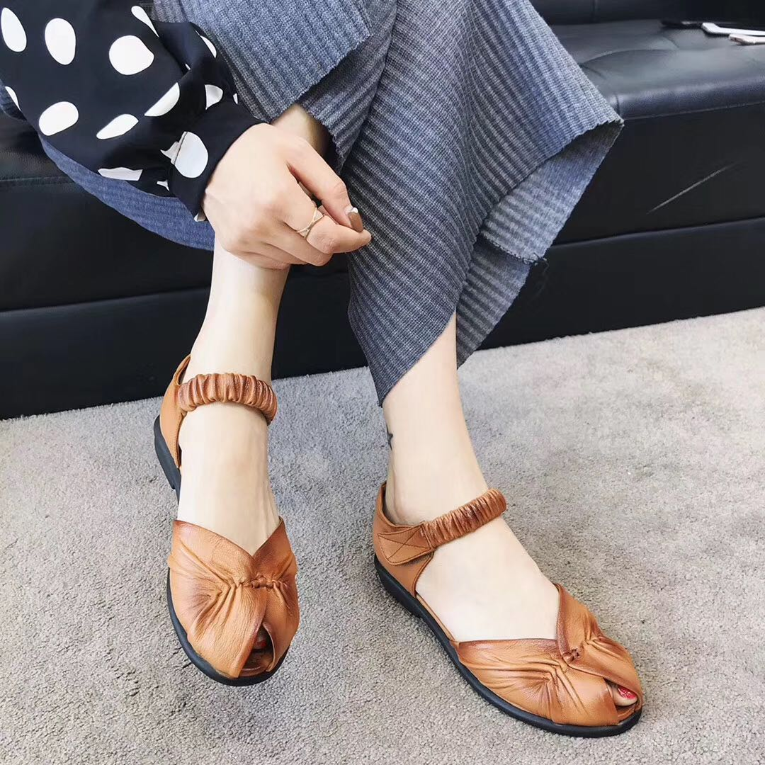 Literature and art Retro Leather fish mouth sandals versatile flat bottomed soft sole leisure simple hand comfortable Velcro spring and summer women