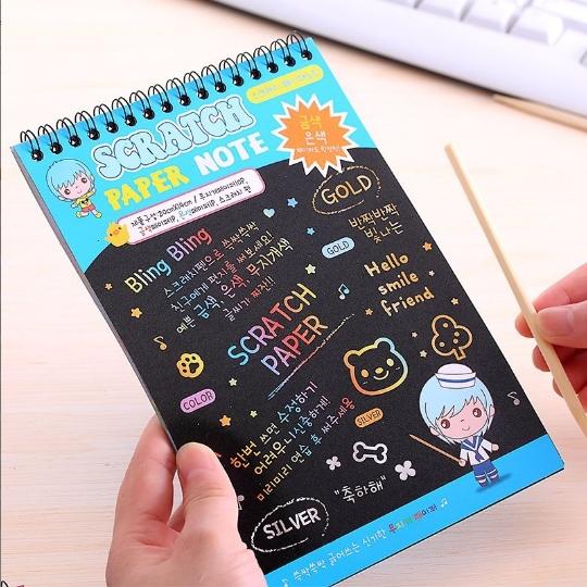 韩版创意手绘刮刮画涂鸦本 彩色DIY趣味涂层魔术线圈刮画本配笔