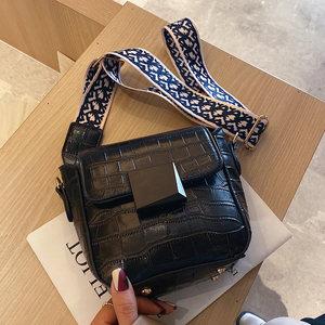 时尚宽带包包士女2020春夏新款潮韩版质感单肩小包流行百搭斜挎包