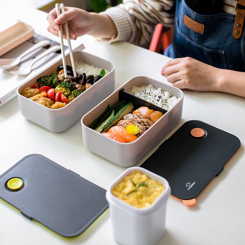 日式密封�盒便��盒分格��s成人餐盒��盒健身塑料可微波�t加��