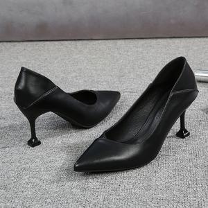 黑色皮鞋女工作鞋职业软底礼仪鞋中跟面试上班鞋单鞋女尖头高跟鞋