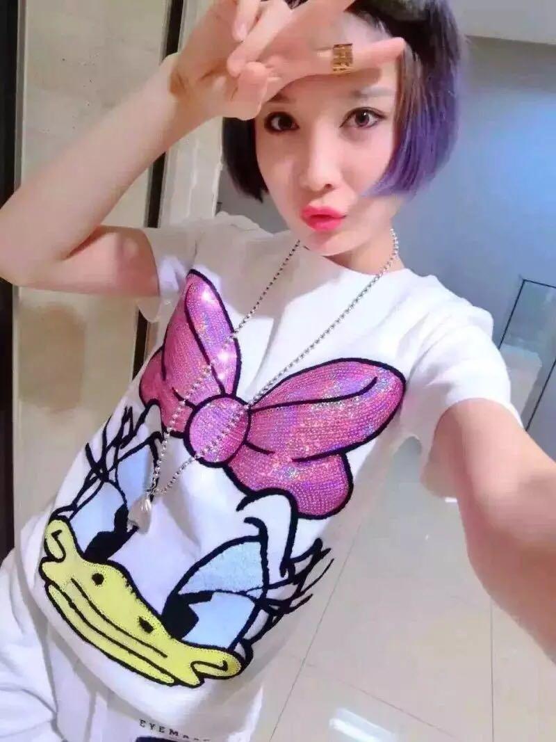 2019夏季新款短袖T恤女装chic社会韩版卡通亮片纯棉上衣打底小衫