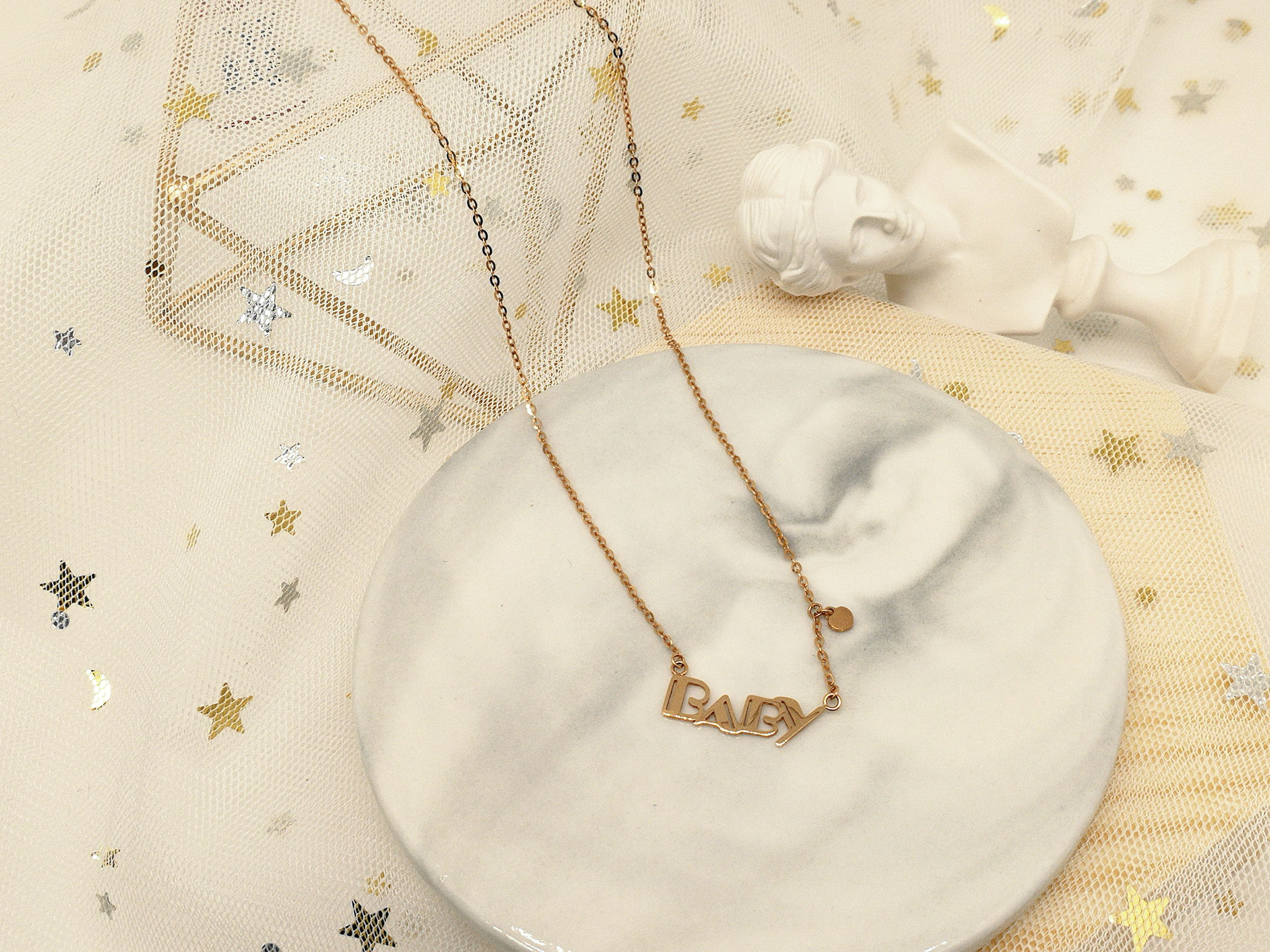Heart jewelry design baby necklace for women simple creative fashion neck chain English letter rose gold collar