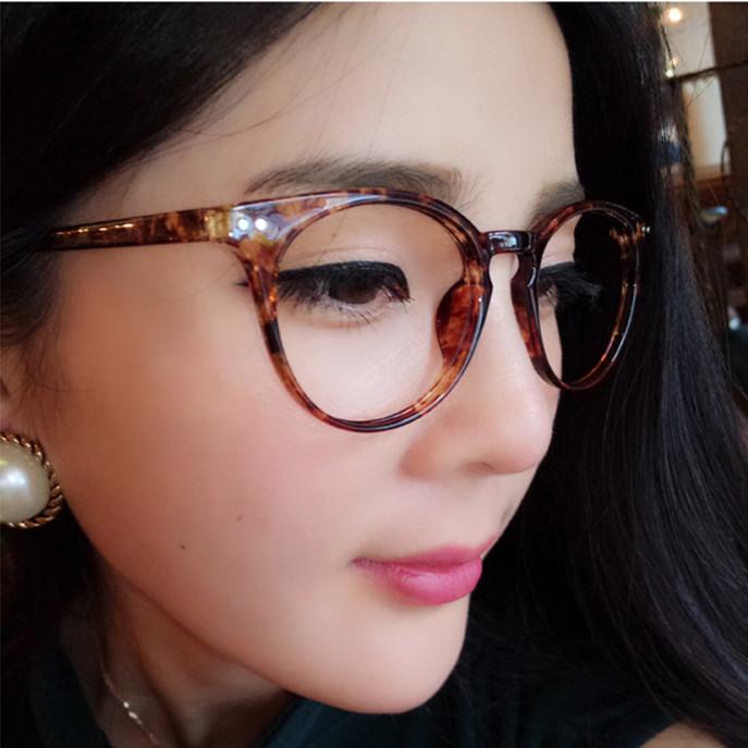 老花鏡女時尚超輕樹脂優雅年輕態簡約防輻射100/200/300度配眼鏡