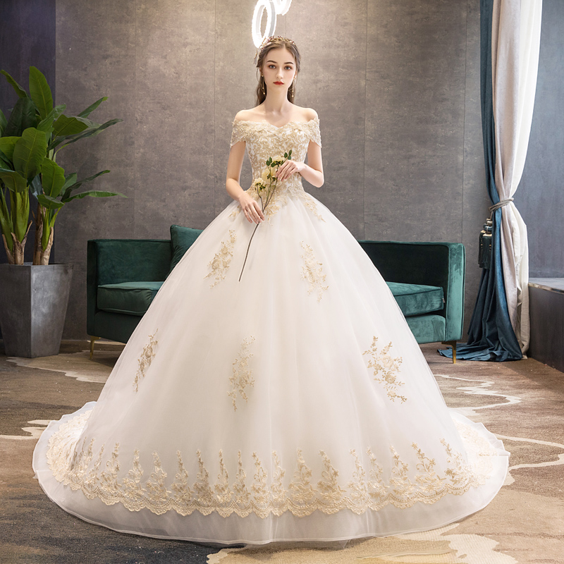 轻婚纱2020新款新娘一字肩公主森系奢华法式超仙梦幻星空拖尾2019图片