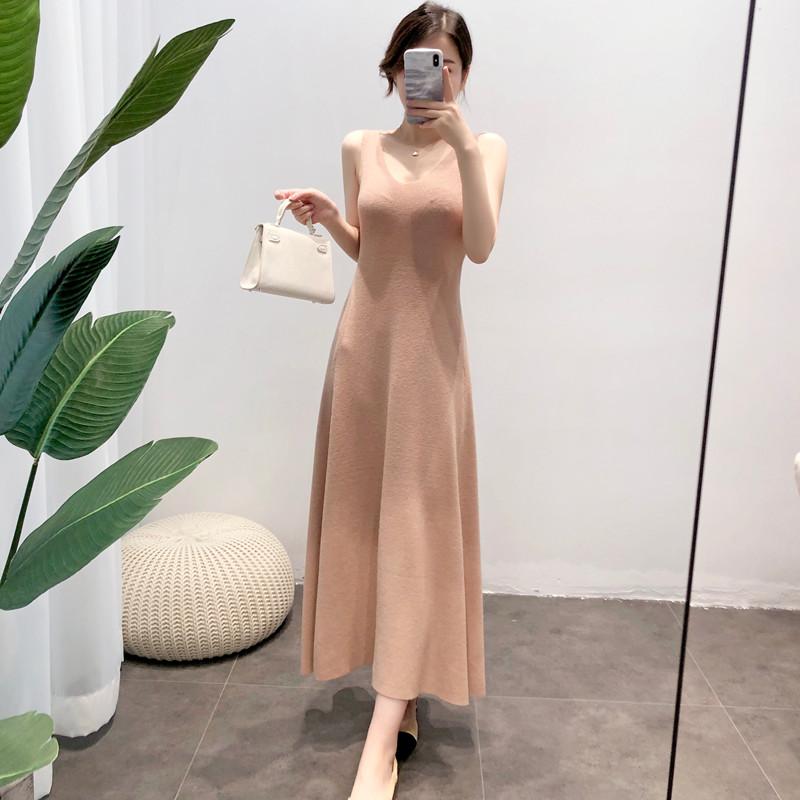 2020韩版新款吊带毛衣女修身中长款春秋过膝打底针织背心连衣裙潮
