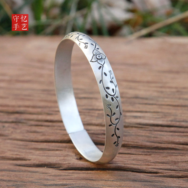 Recalling the ancient style, four leaf grass fresh 99 full silver bracelet, handmade small womens silver bracelet for girlfriend and daughter