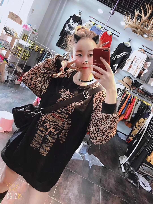 胖胖女装大码宽松显瘦豹纹卫衣胖mm2018秋季新款厚款加绒减龄上衣