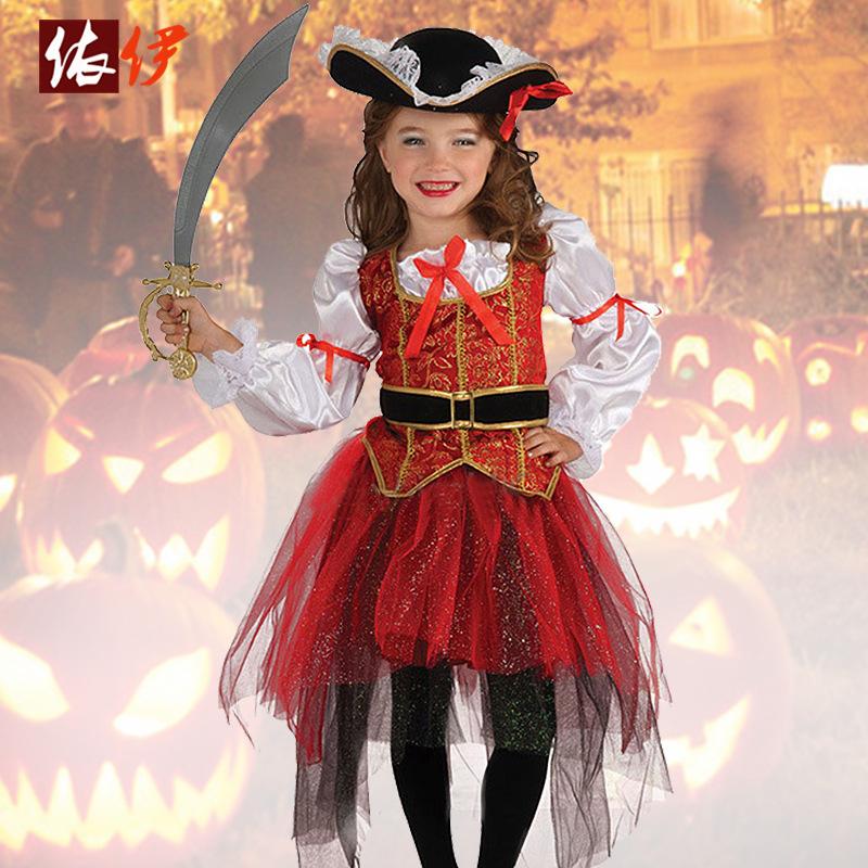 ハロウィンの服装の欧米の子供は服の女の子の役を演じて海賊のコスプレのスーツの国境を越えて金に破裂します。