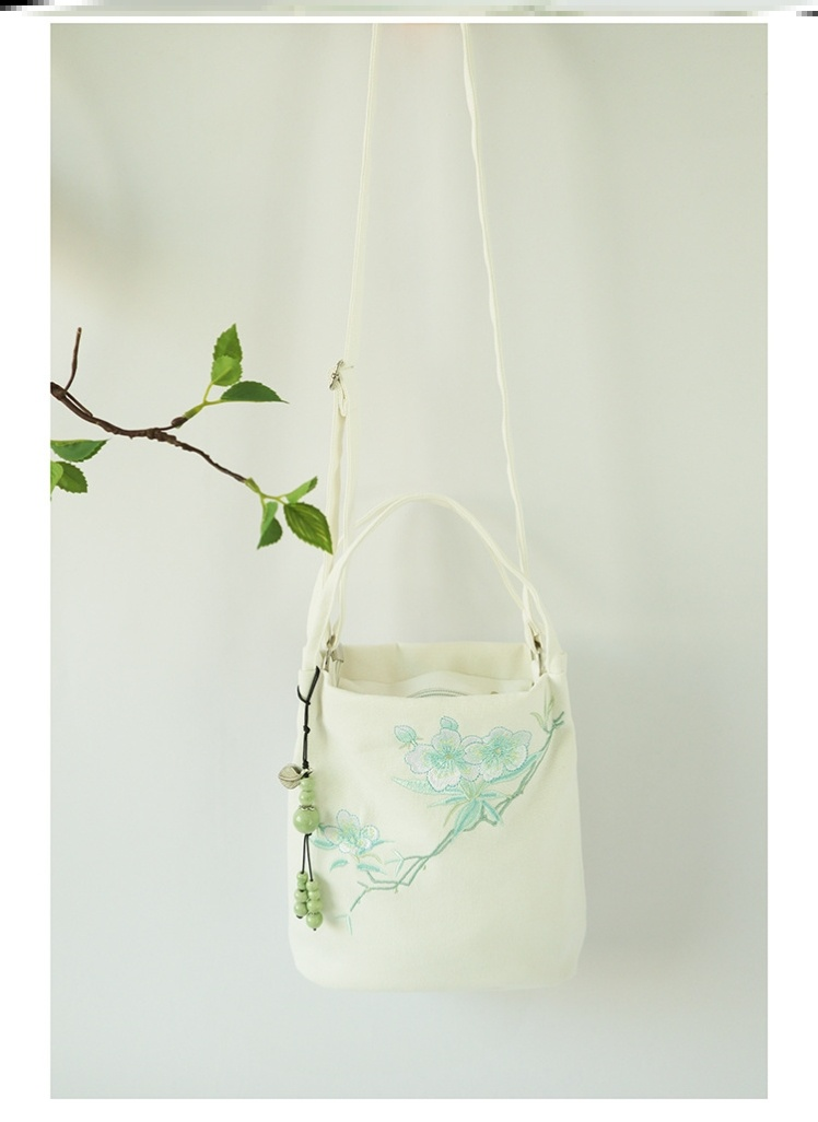 Hanfu embroidered bag Zen tea cheongsam small bag bag bag messenger bag bucket bag embroidery ancient style simple and complex