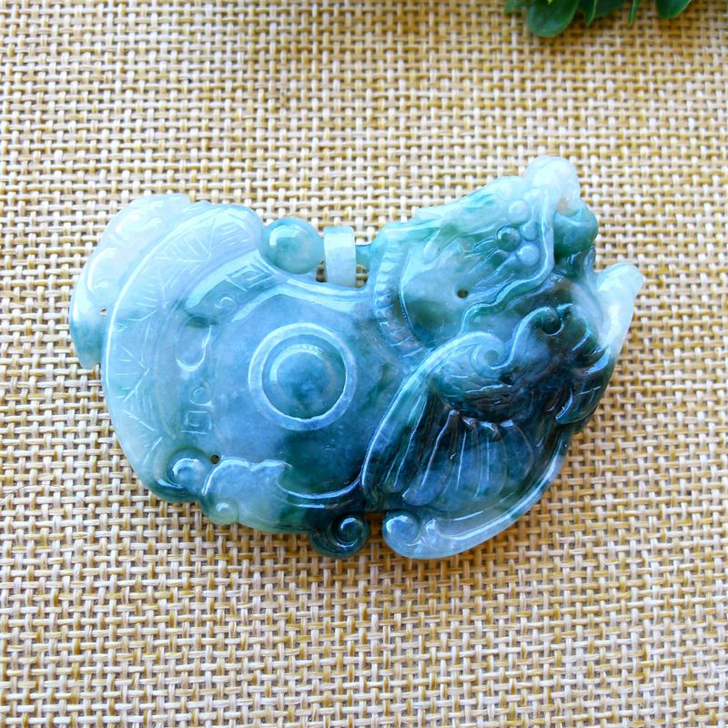 Myanmar natural A-product jadeite Laokeng floating flower antique dragon brand safety lock pendant high grade jade jewelry