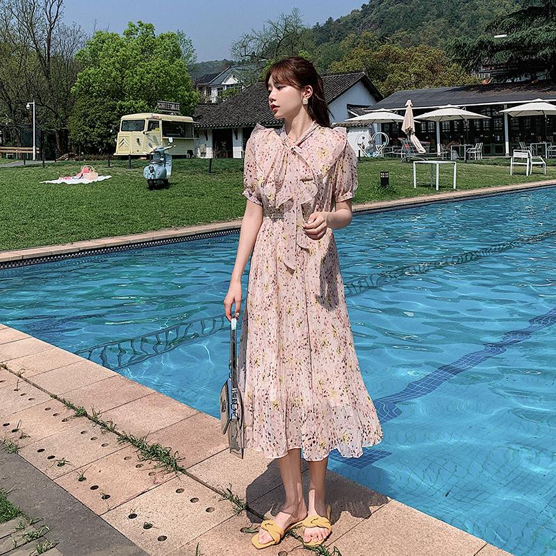 清纯款仙女连身裙连衣裙子女夏季韩版气质轻熟风收腰长袖碎花长裙