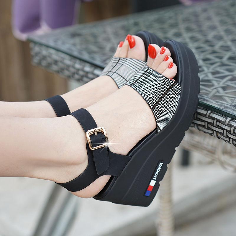 Женские сандалии и босоножки Артикул 587615743388