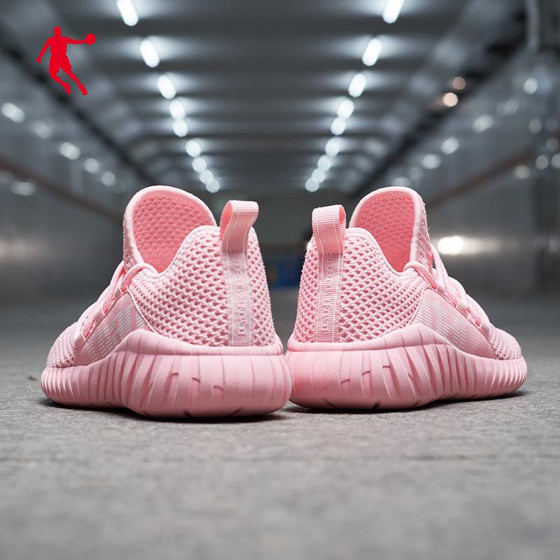 乔丹女鞋运动鞋2020夏季新款网面休闲跑步鞋轻便学生软底跑鞋透气