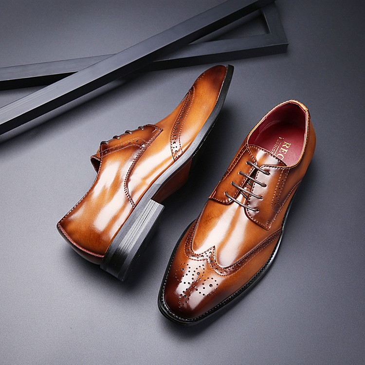 2021 new British carved leather formal business leather shoes