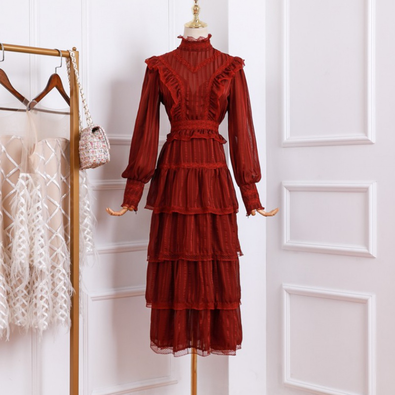 Palace style spring and autumn 2020 new wine red ear lace splicing long sleeve cake skirt