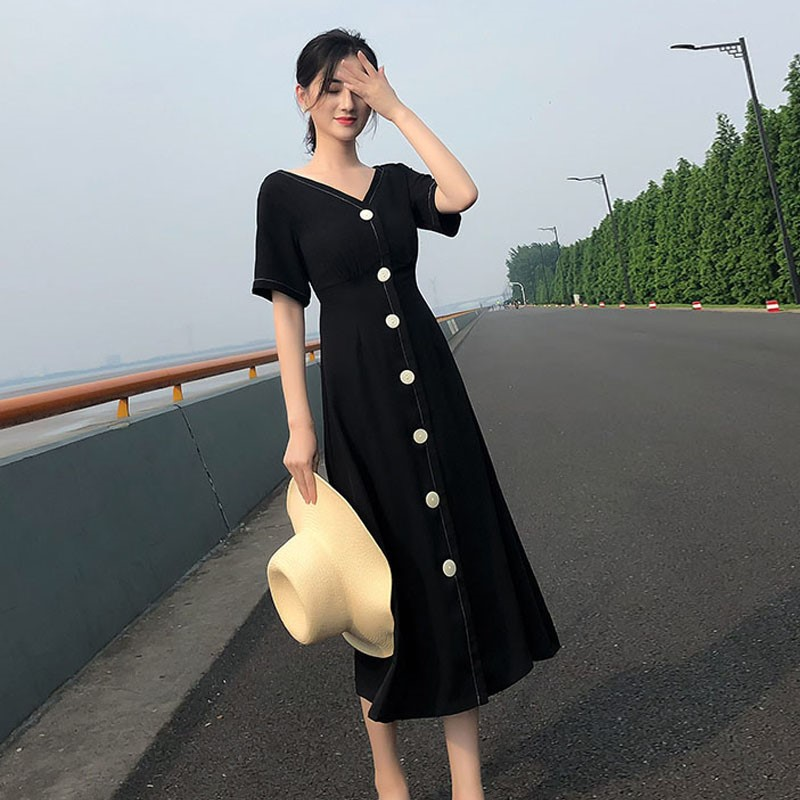 2018 summer new womens Hepburn V-neck black dress cool style retro large slim dress