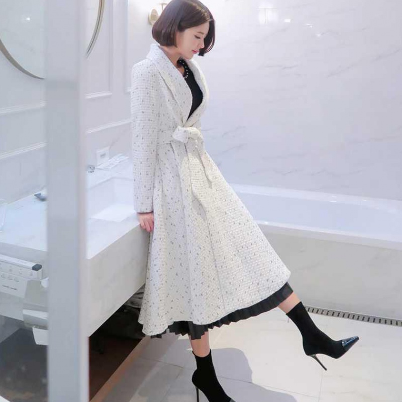 White windbreaker womens middle and long 2020 new Hepburn coat spring coat small fragrance waist