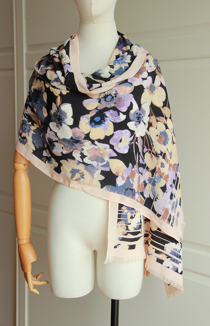 Foreign single export silk cotton scarf air conditioning shawl long scarf flower pattern holiday gift slight defect loss clearance