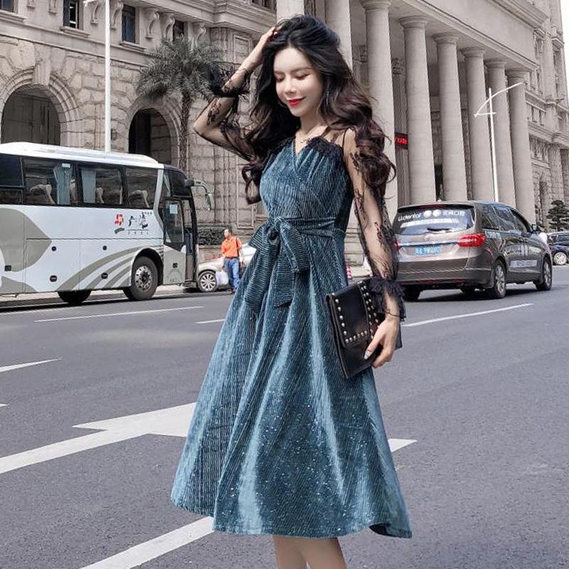 桔梗连衣裙子女春秋2019新款韩版时尚蕾丝长袖拼接丝绒修身打底裙