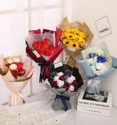 创意礼物玫瑰花仿真假鲜花拍照花束香皂花送男女友闺蜜妈妈手捧花