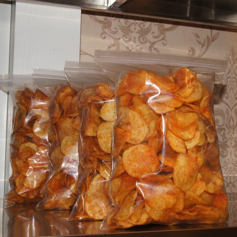 麻辣土豆片洋芋片辣条贵州特产特色良品零食小吃休闲食品薯片乐事
