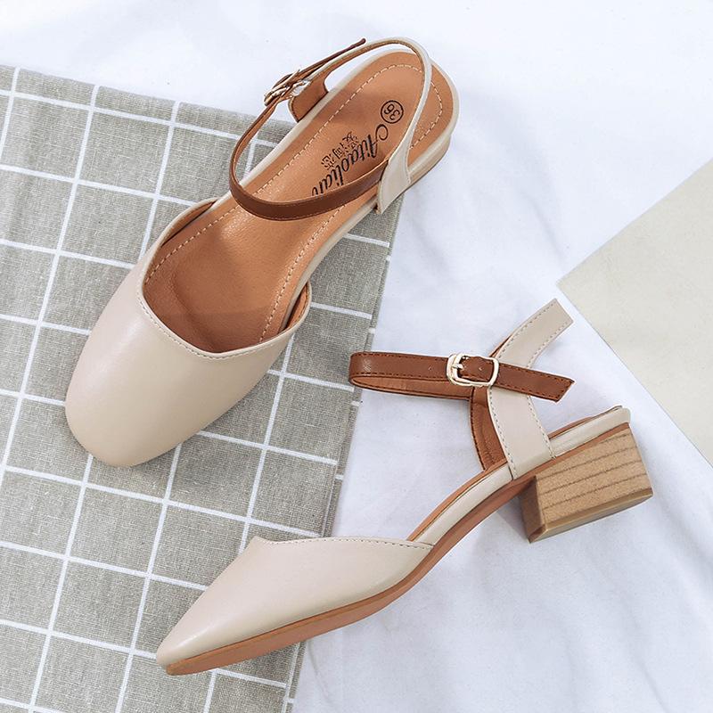 包头玛丽珍凉鞋女中跟2019夏秋新款英伦风百搭粗跟搭扣奶奶鞋