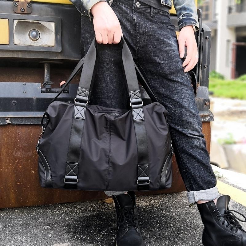 118.00元包邮男士手提包大容量休闲运动旅行包