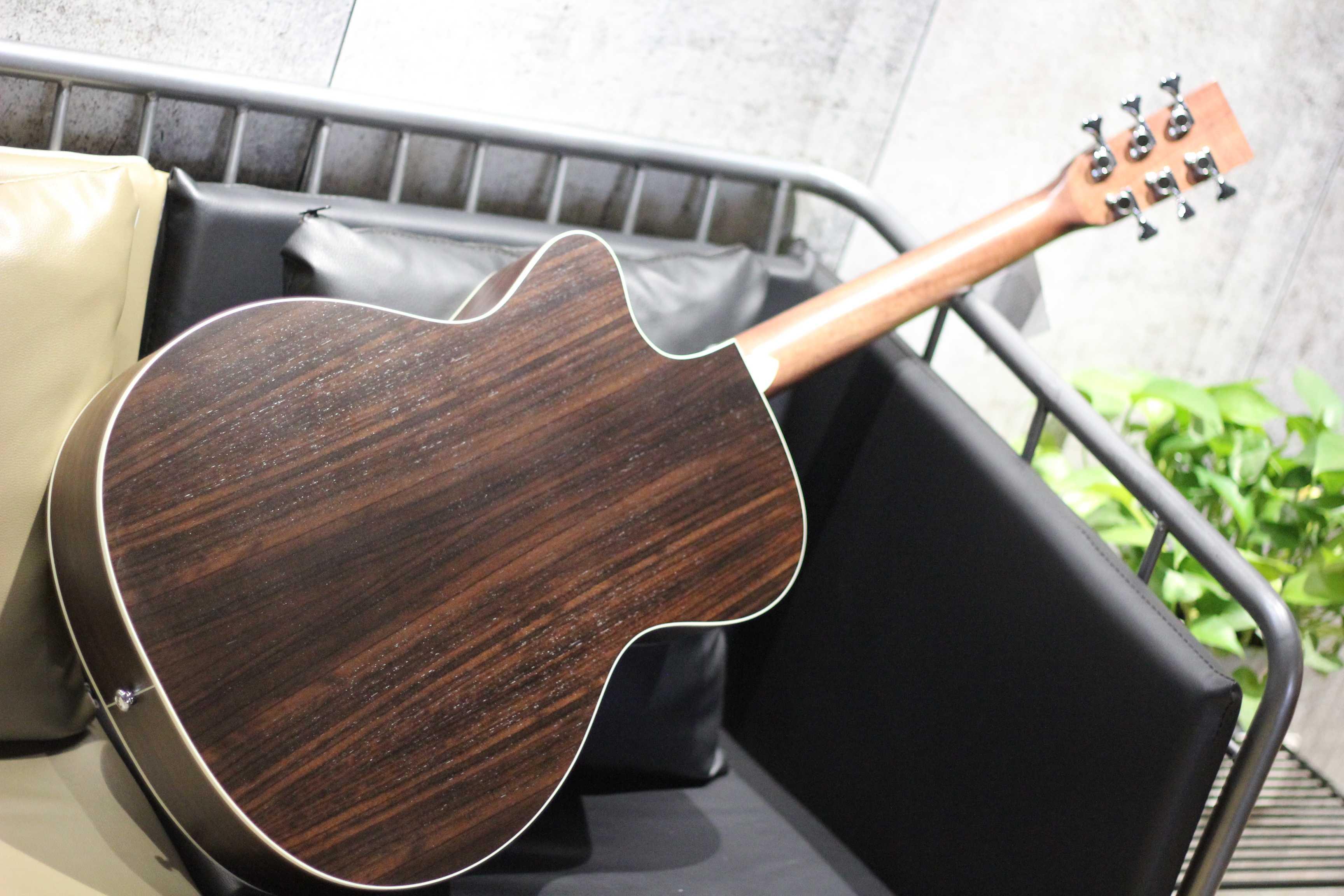 yamo ooo-28cns雅木40寸缺角吉他2350.00元包邮