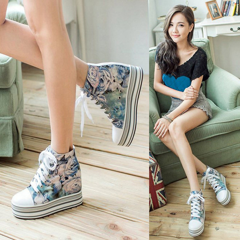 Stars same spring printed muffin shoes, high top shoes in leather, 8cm slope heel, thick sole, sports and leisure shoes