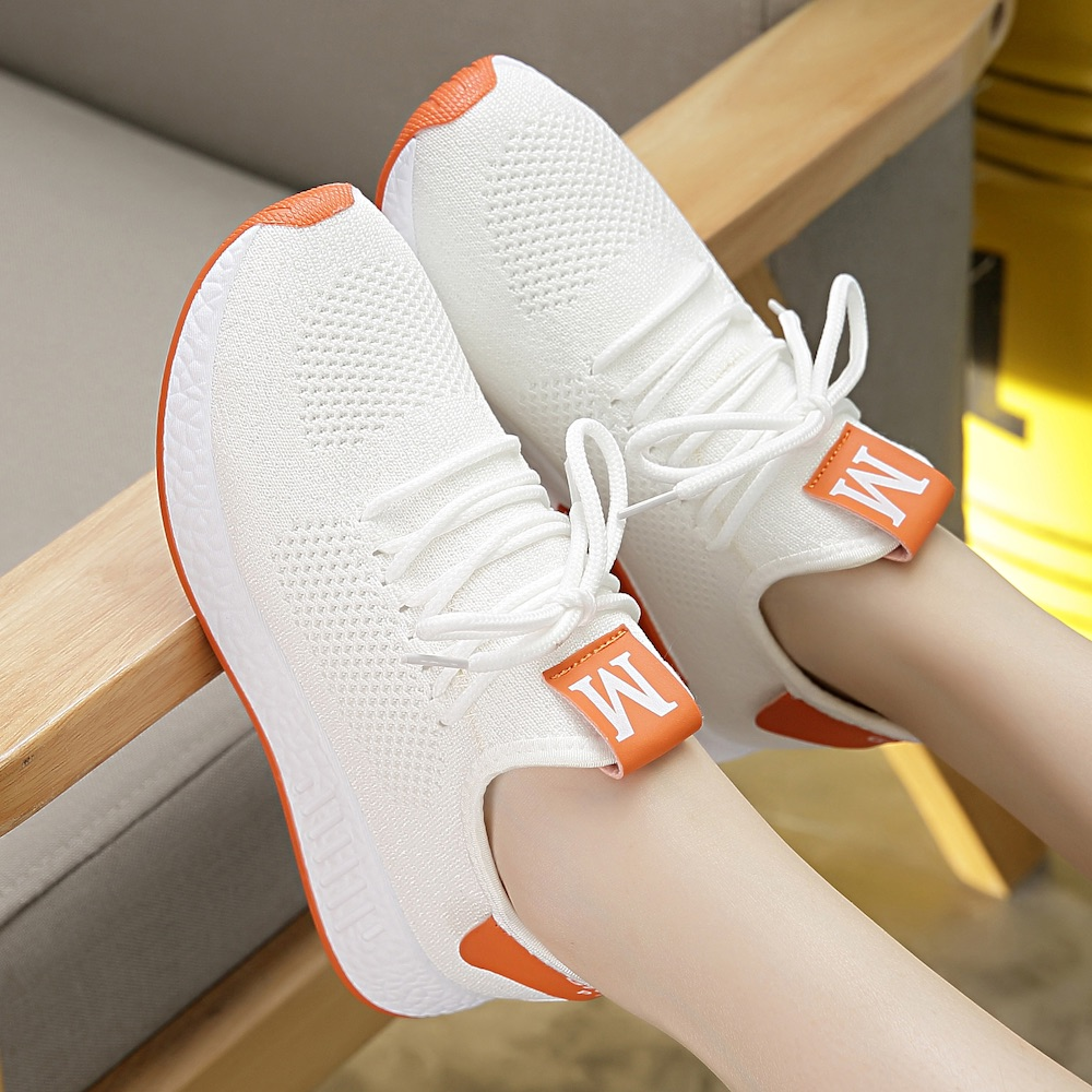 Autumn flying knitting small white shoes women sports net shoes women breathable mesh surface casual female junior high school students flat bottom white shoes
