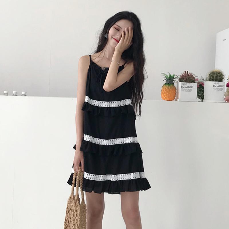 韩版小清新层层荷叶边蛋糕裙甜美复古chic显瘦露肩吊带雪纺连衣裙