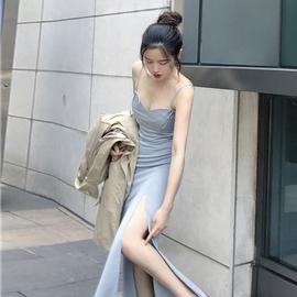 韩版2020新款连衣裙复古chic修身显瘦纯色百搭开叉时尚吊带长裙女