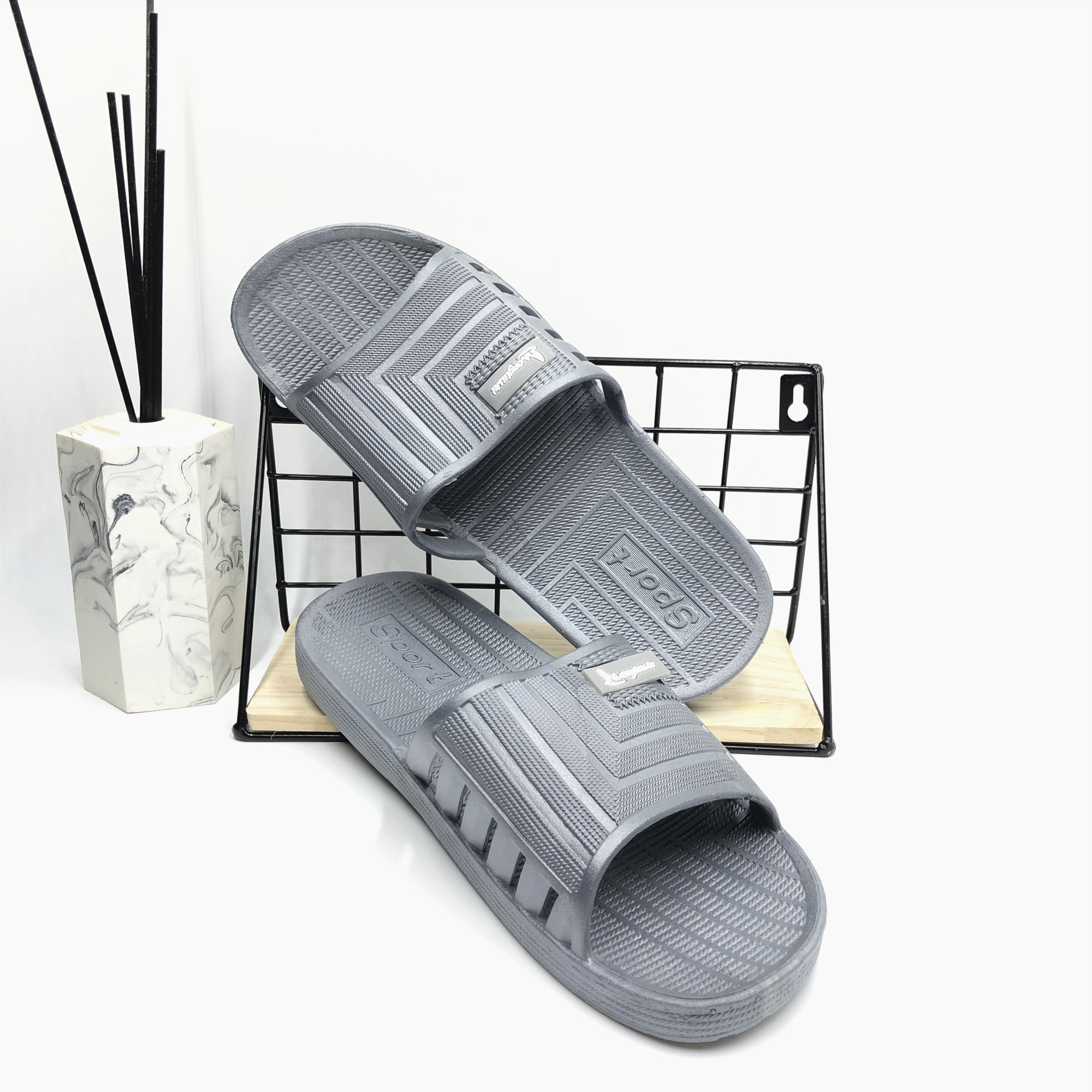 New menglushi rubber bath and bathroom anti-skid sandals men and women couples home slippers hospital Hotel soft bottom slippers