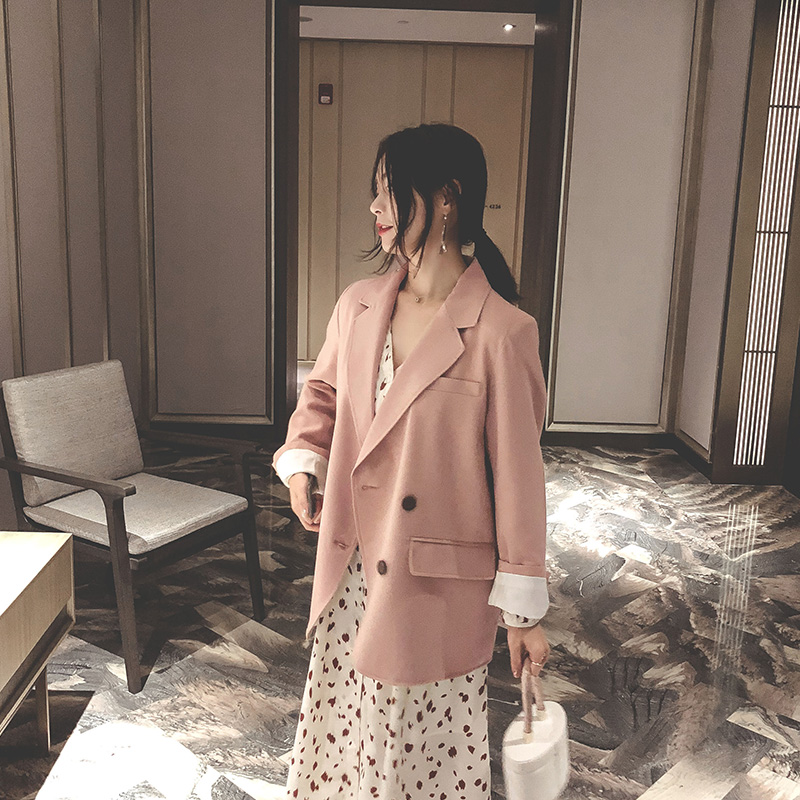 中长款韩版宽松粉色小西装