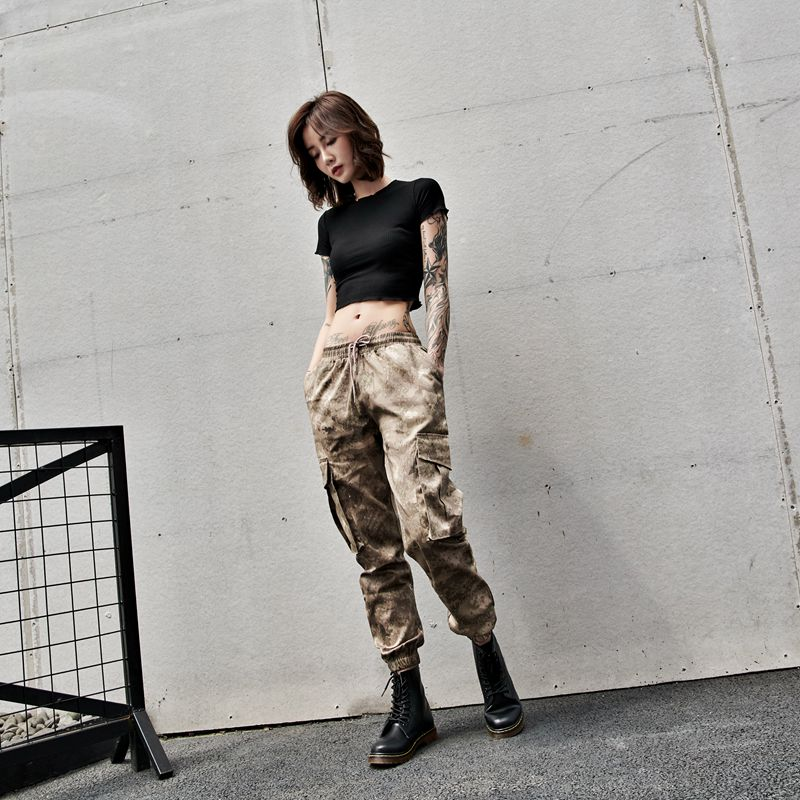 Camouflage pants womens autumn and winter multi pockets tie feet Korean loose high waist ins super hot hiphop overalls