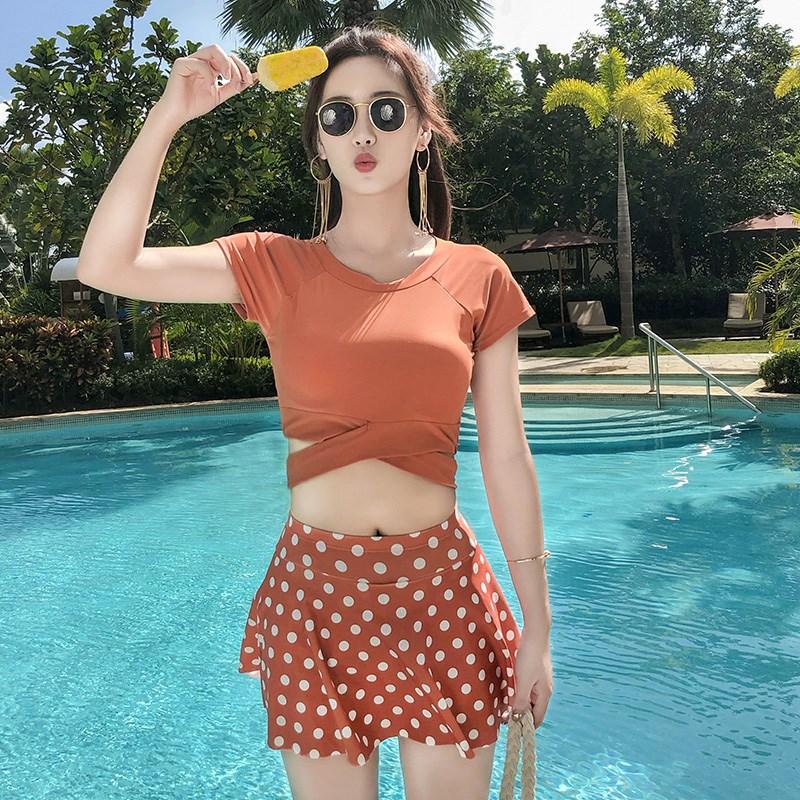 泳衣女保守分体平角游泳衣ins风韩国仙女范显瘦遮肚大码泳装短袖85.60元包邮