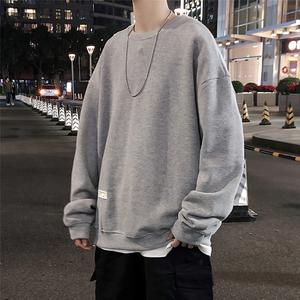 2020 春男装 贴标装饰 宽松套头圆领卫衣 H19105/P68(不低于88),男装卫衣,电商A142