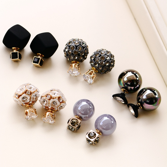 Back and forth big and small ball dual-purpose Retro Black Square Earrings imported from Korea