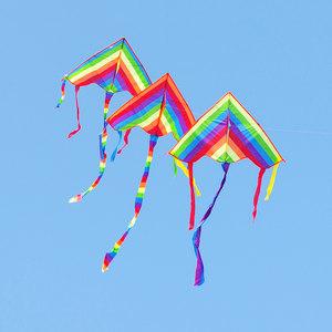 彩虹风筝带线轮套装潍坊小卡通大型