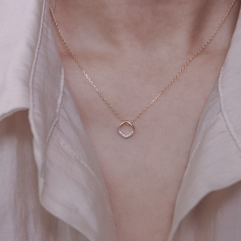 Simple style all-around 925 sterling silver square hollow diamond necklace with versatile geometric design clavicle chain