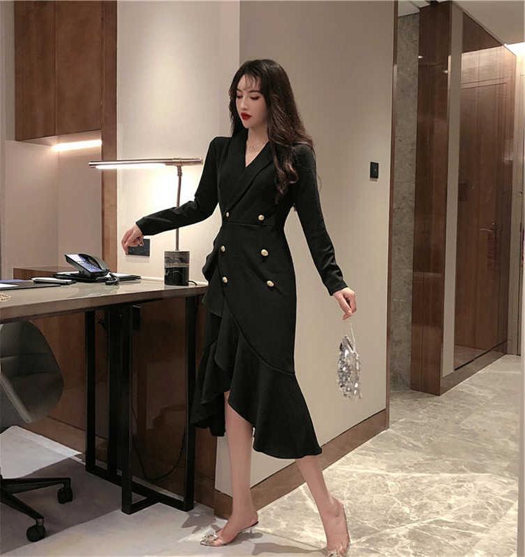 初裙子秋季网红气质韩版新款中长款不规则长袖过膝红色连衣裙冬