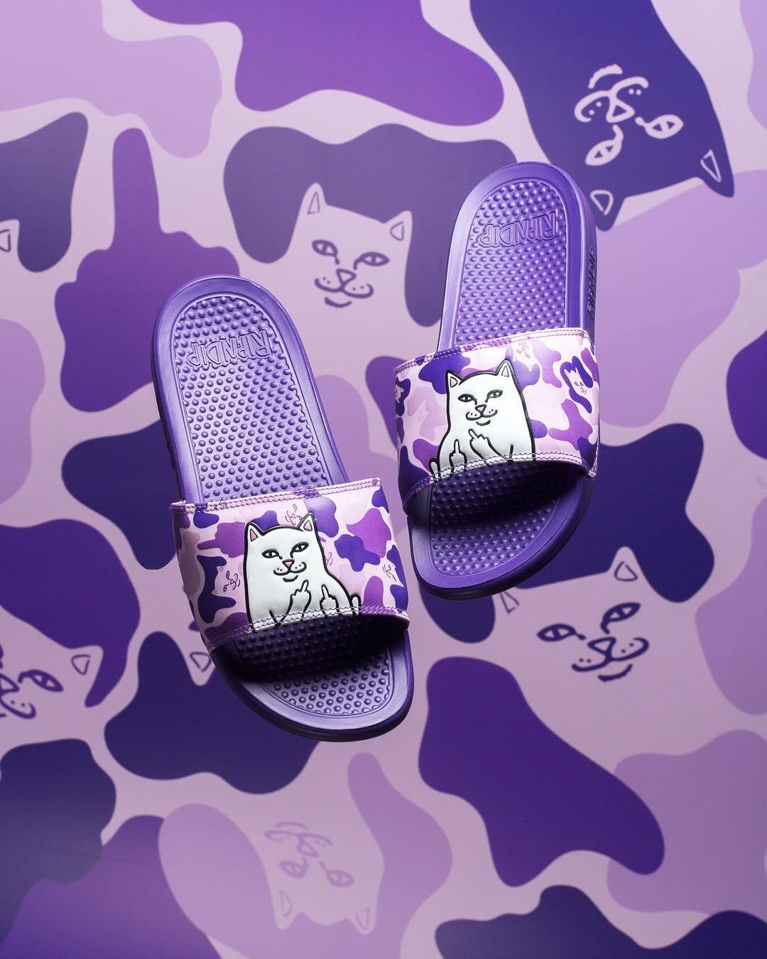 【 сейчас в надичии 】RipNDip Nermal Purple Camo 贱 кот фиолетовый камуфляж шлепанцы