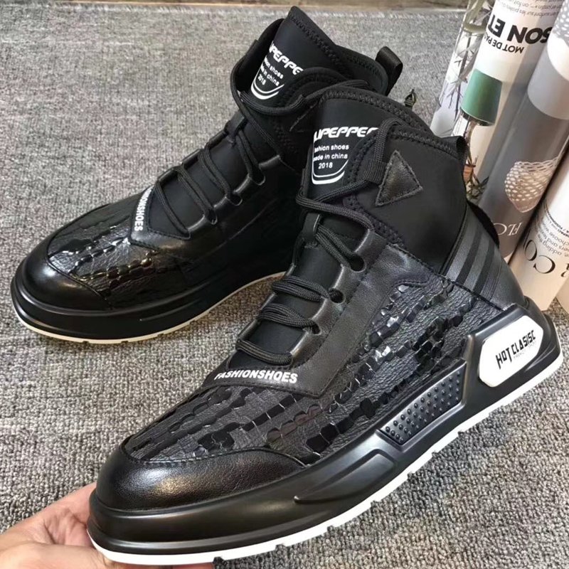 Clearance of young fashion autumn and winter fashion shoes European station England versatile leather high top shoes sports mens leather boots leisure