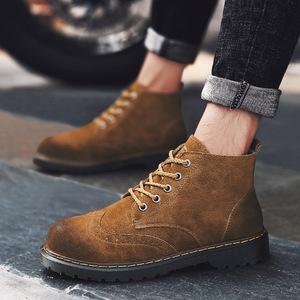 新款韩版潮流百搭复古大头鞋秋冬季男士马丁靴户外工装高帮男潮鞋