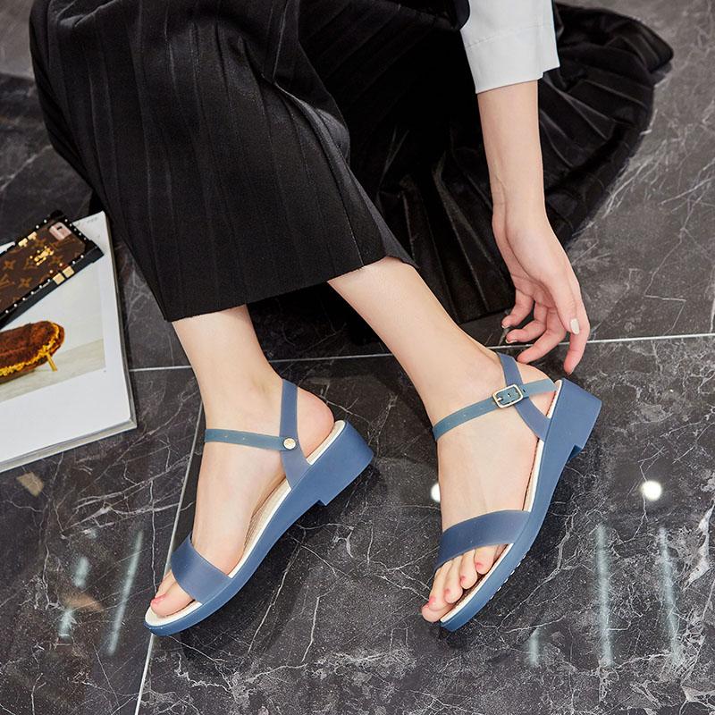夏季新款仙女涼鞋女塑料坡跟軟底沙灘鞋時裝百搭魚嘴水晶果凍鞋女