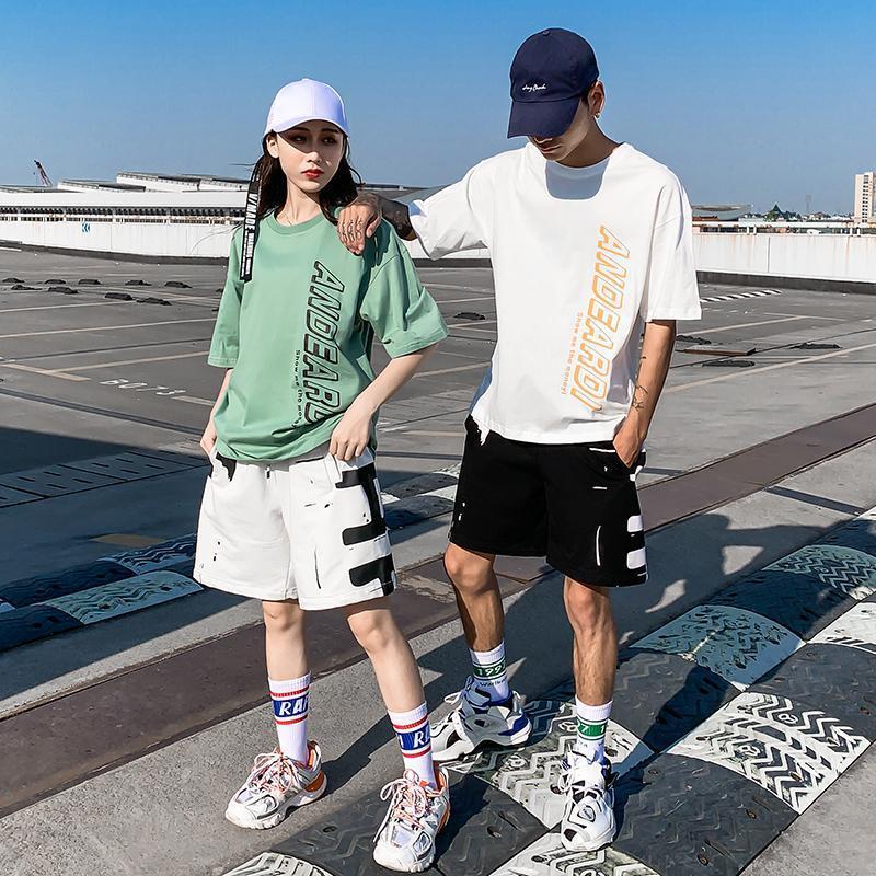 厂家直供嘻哈男女套装夏天情侣装ins休闲时尚潮流T恤运动短裤