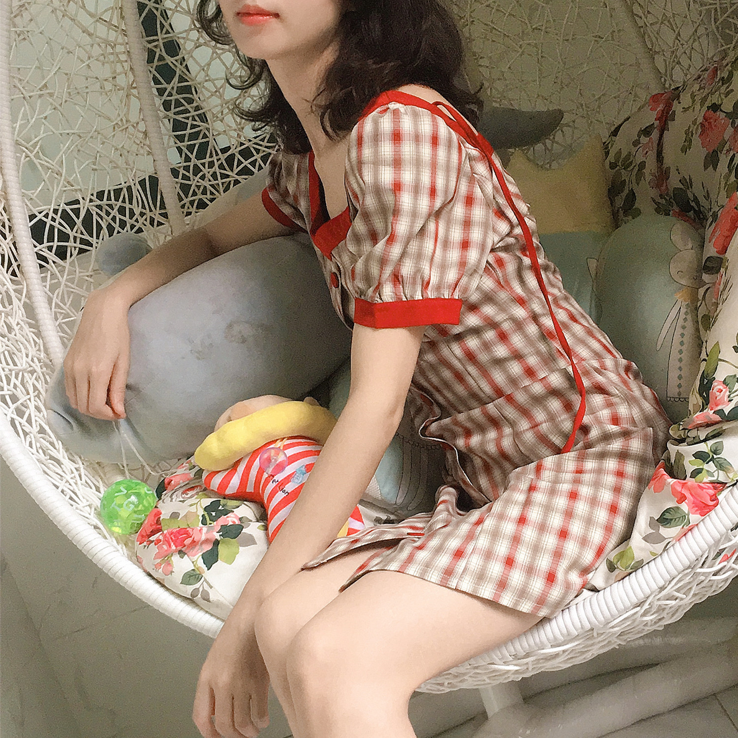 2020 summer new retro style chicken heart collar Plaid tie dress womens summer waist show thin plaid skirt